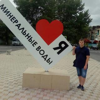 Дмитрий Синявский